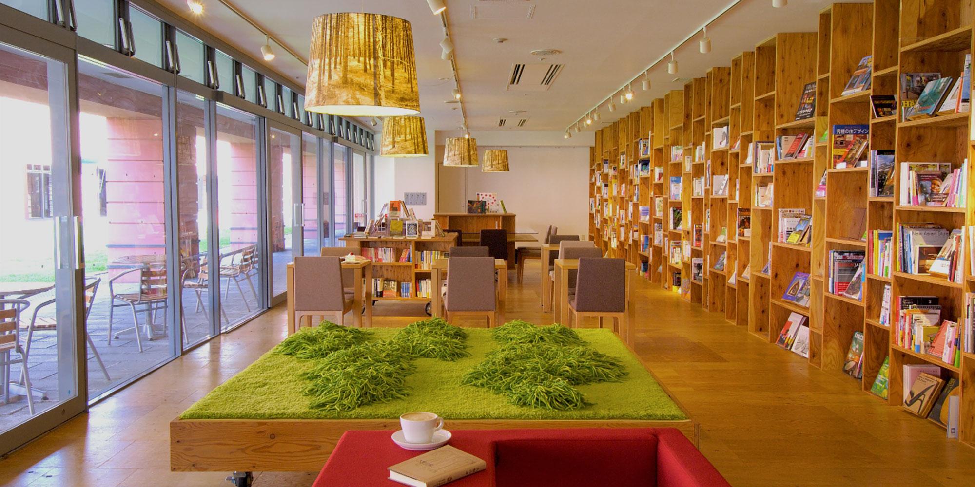ブックス カフェ 公式 星野リゾート リゾナーレ八ヶ岳 大自然の